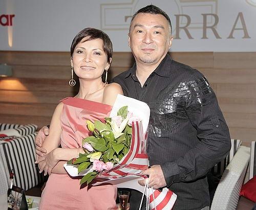 golaya-dinara-egeubaeva