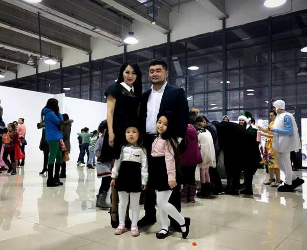 Папа Аминоки о популярности дочерей и золотой середине