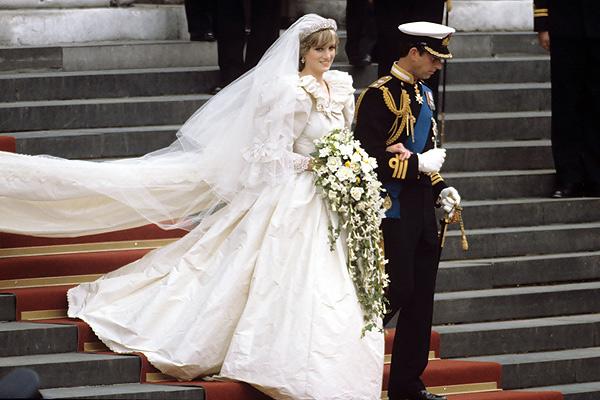 ТОП-10 лучших свадебных платьев знаменитостей в истории. Часть 1