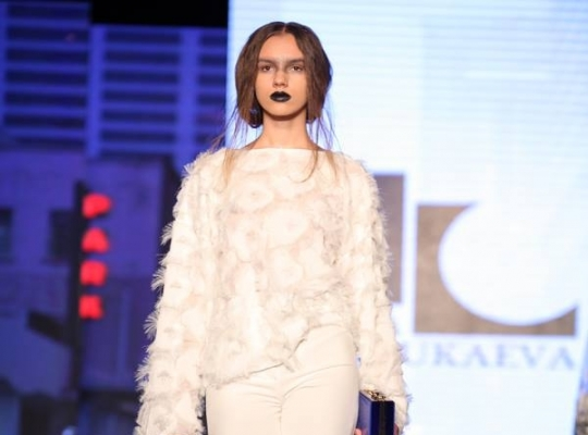 Носить весной 2017  тренды Kazakhstan Fashion Week   женский портал ... 62ac1c2d536