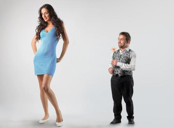 Секс высокой девушки с низкорослым парнем